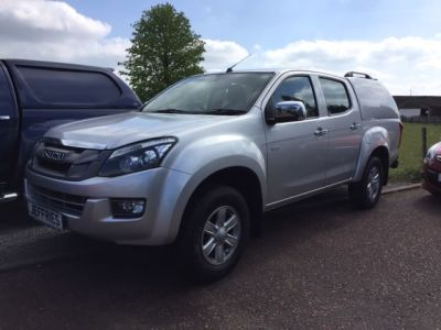 Isuzu D-Max 2.5TD Eiger Double Cab 4x4 Pick Up Diesel Silver at Jeffries of Bacton  Stowmarket